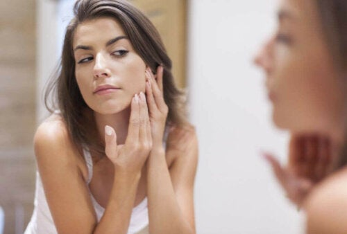 Anti-wrinkle creams can help prevent premature aging.