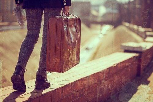 2-leaving-home