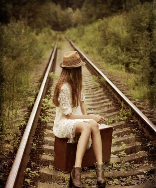 4-girl-on-tracks