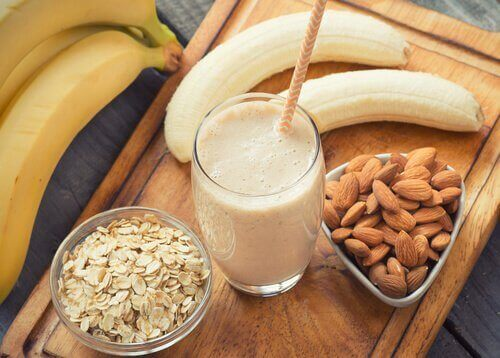 Banana smoothies banana almond smoothie almonds oats