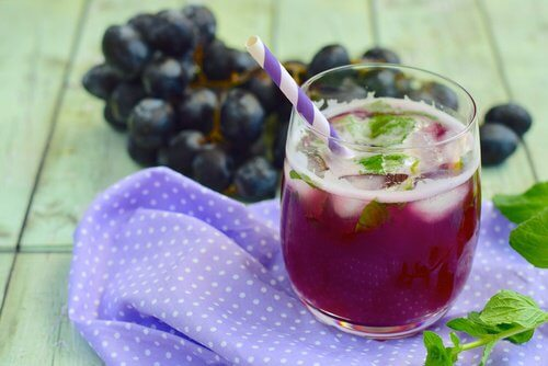 grape-mint-juice