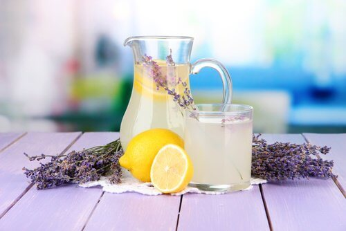 Here is lavender lemonade in a jar and cup.