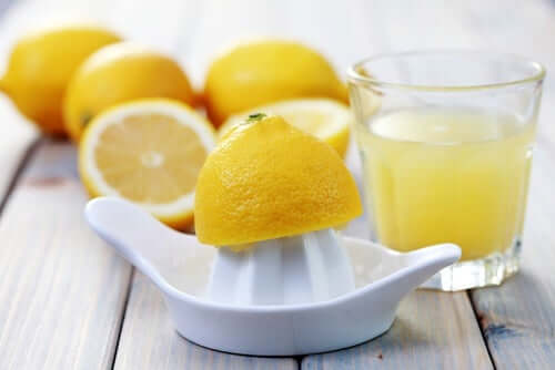 A glass of freshly squeezed lemon juice.