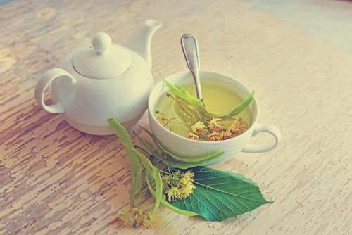 lime-blossom-tea
