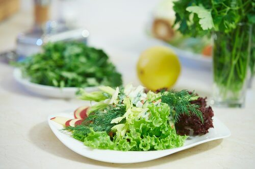 2-salad-greens store salda greens in your freezer