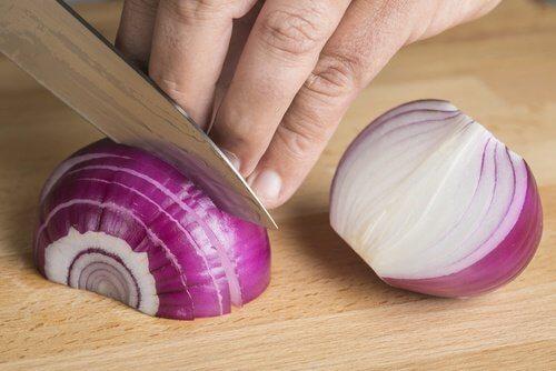 3-chopping-onions
