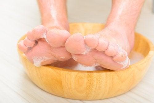 3-foot-soaking