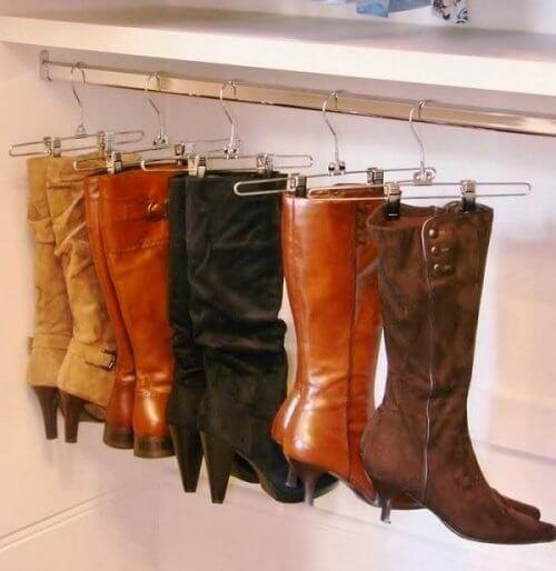 boot-hangers