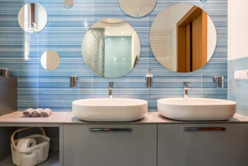 13 Tricks to Keep Your Bathroom Clean and Tidy