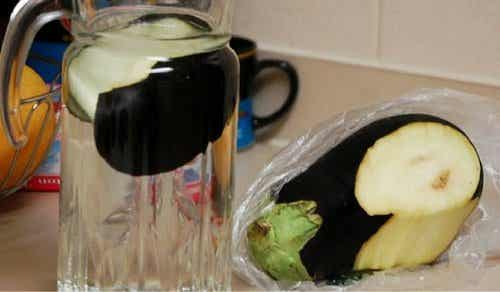 How to Burn Fat with Eggplant Water