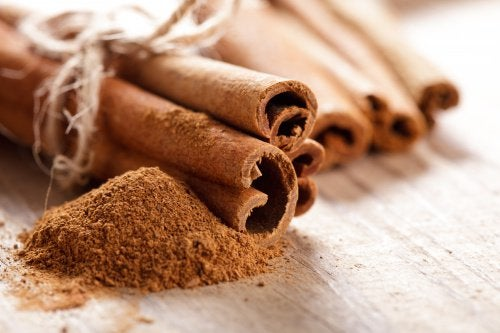 Ground cinnamon and sticks