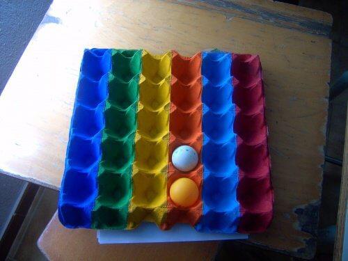 Värikäs kananmunakenno
