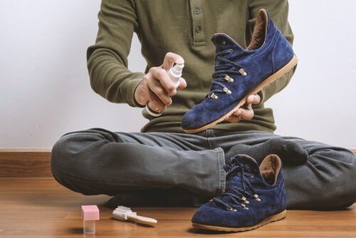 8 Easy Tricks to Eliminate Shoe Odor