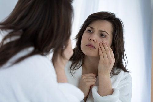 Silmät kärsivät puuttellisesta vedenjuonnista