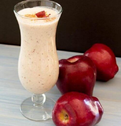 red apple smoothie