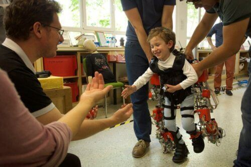 This Exoskeleton Could Help Paraplegic Children Walk Again