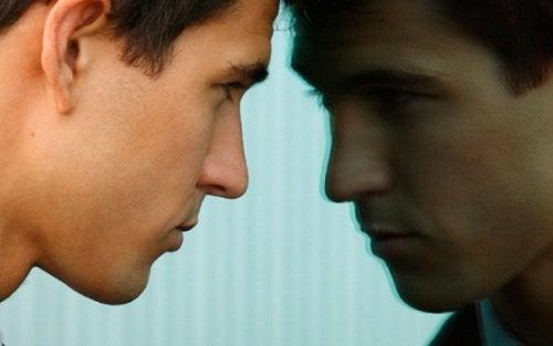 2-criticize-oneself