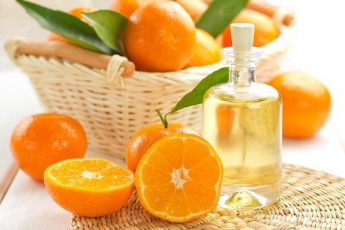 Orange essential oil for amazing smelling hair