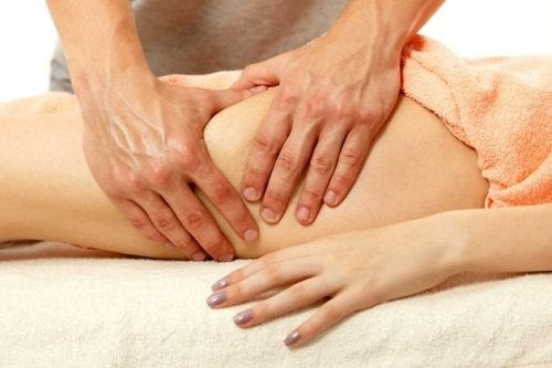 woman getting a thigh massage