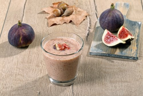 A glass of fig smoothie
