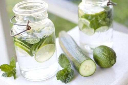 5-cucumber-water
