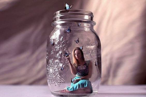 woman-in-a-mason-jar