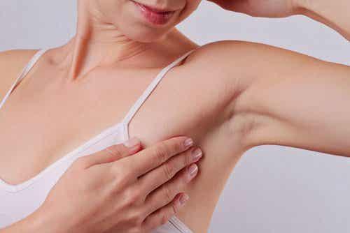 Lighten Dark Underarms with Natural Ingredients