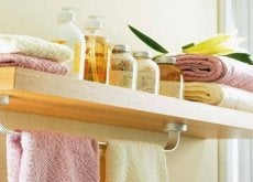 Never Leave These 8 Things in Your Bathroom