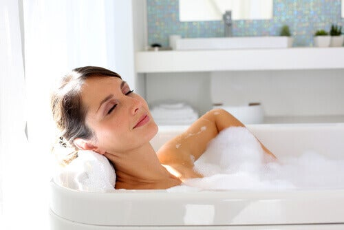 Control anxiety attacks with a bath