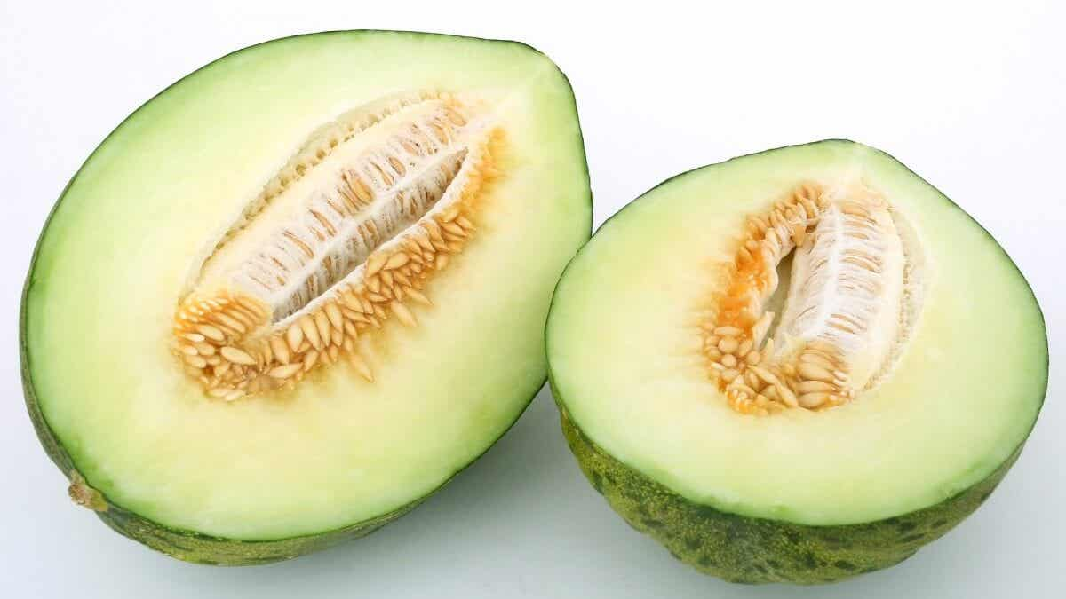 What are the benefits of melon water?