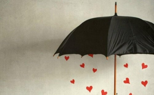 umbrella-with-hearts-500x309
