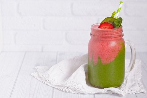 A Smoothie that May Help Fight Alopecia