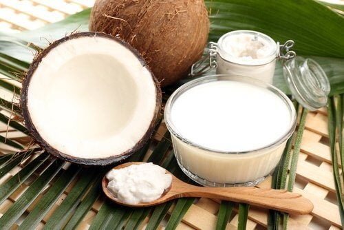7 Amazing Benefits of Coconut Oil