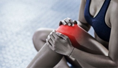 cold therapy is one of the easiest natural remedies for bursitis