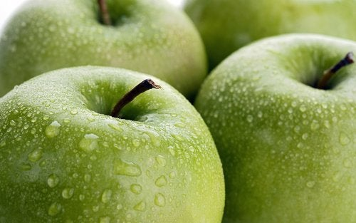 green-apple-2