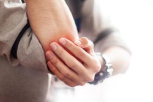 5 Simple Natural Remedies for Bursitis