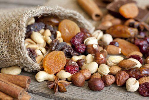 nuts-1-500x334