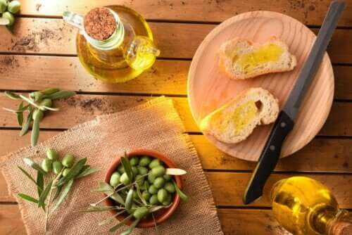 Bread and Olive Oil: The Perfect Combination