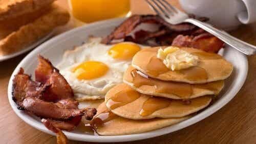 5 Unhealthy Foods to Avoid for Breakfast