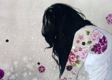 woman-tattoos-flowers-500x362