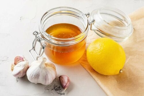 A garlic honey-lemon remedy.