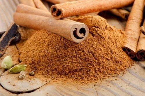 Cinnamon might help treat abdominal bloating.