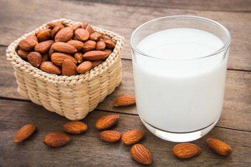Almond milk to get thicker eyebrows