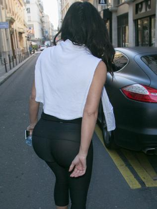 Woman in street wearing transparent leggings fashion mistakes