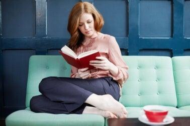 lukeminen ja tee