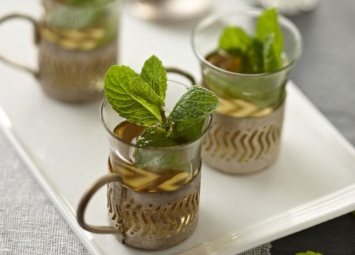 parsley and mint tea