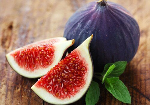 Close up figs