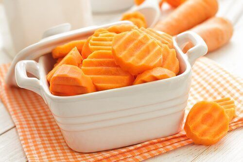 Carrots are on the list of nutritious foods for osteoarthritis