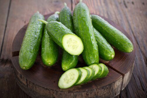 Rosacea cucumbers and slices