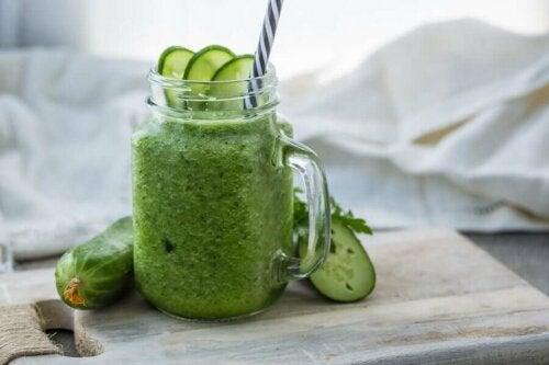 Parsley cucumber smoothie.
